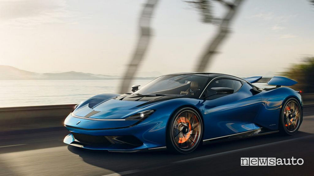 Pininfarina Battista  120 kW 1.900 cavalli autonomia 450 km e zero emissioni.