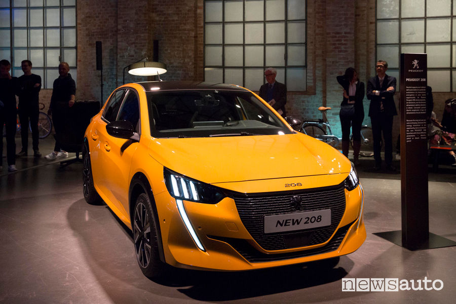 Peugeot alla Milano Design Week 2019 Nuova 208 GT Line