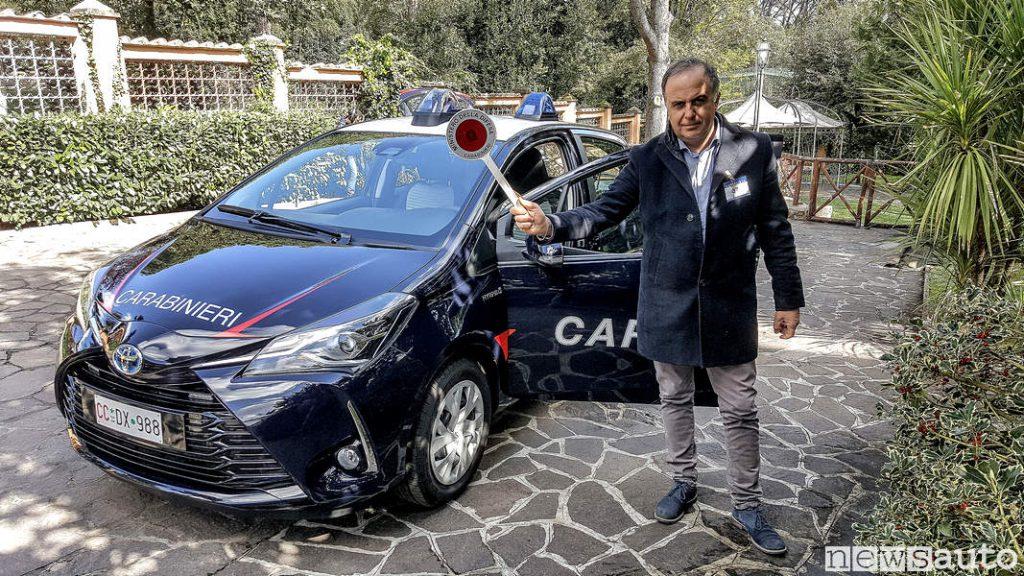 Stop Paletta Carabiniere Toyota_Yaris Hybrid