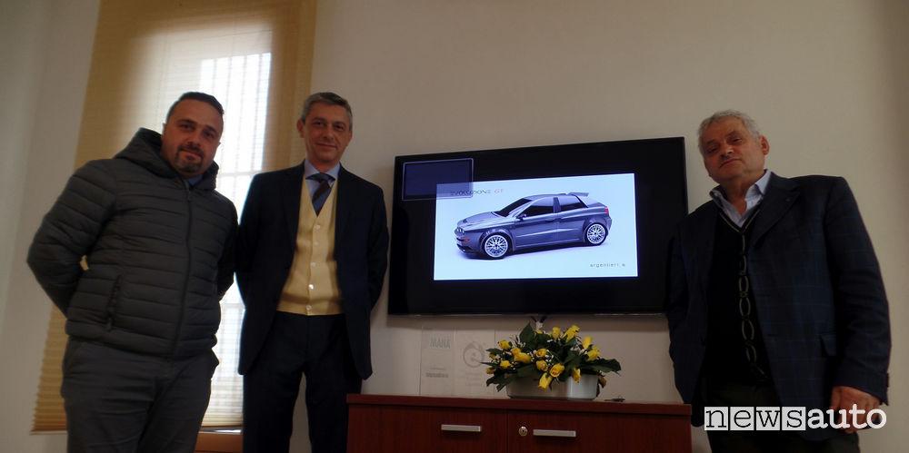 A sx Enrico Cerfeda di WEB automotive, al suo fianco Fabrizio Rossini di Staf s.r.l. , a dx Luigi Renna Presidente della Web composite & Rav Aerospace Brindisi