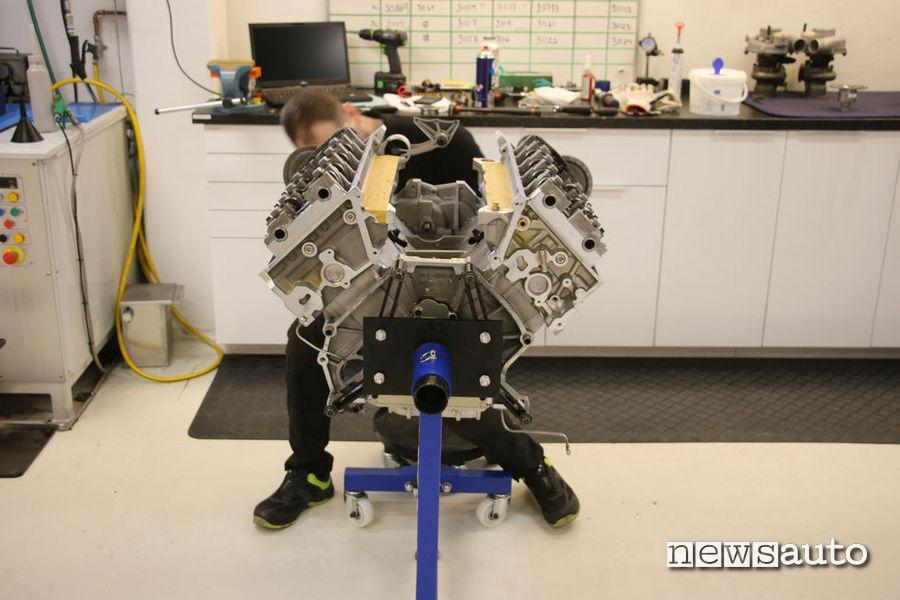 Auto più veloci al mondo motore Koenigsegg Jesko