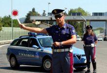 polizia-posto-di-blocco controllo contratto assicurazione digitlale