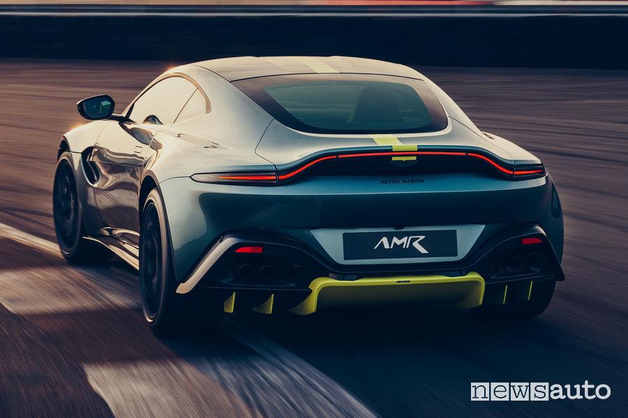 Aston Martin Vantage AMR vista posteriore