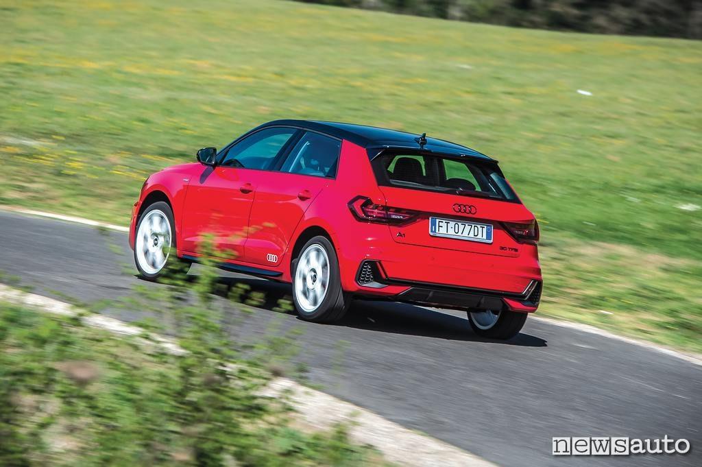 Audi A1 2019 posteriore in movimento