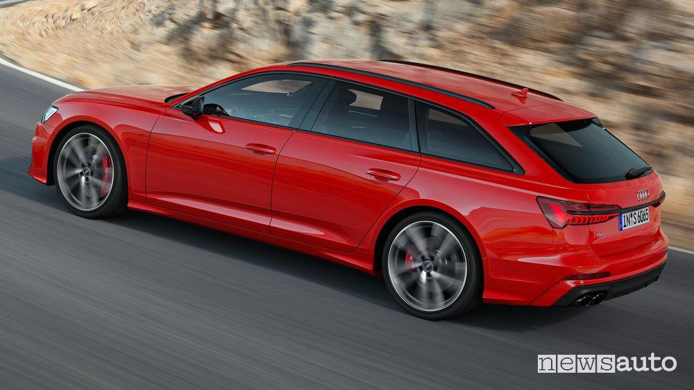 Audi S6 Avant TDI vista laterale in movimento