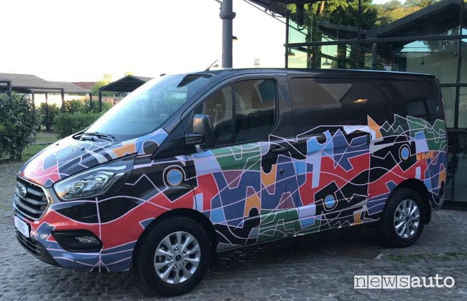 Wrapping Ford Transit Custom Syart Sorrento