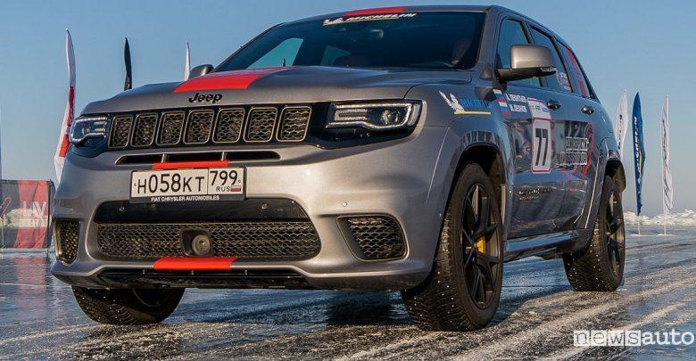 Jeep Grand Cherokee Trackhawk: record di velocità su ghiaccio per un SUV