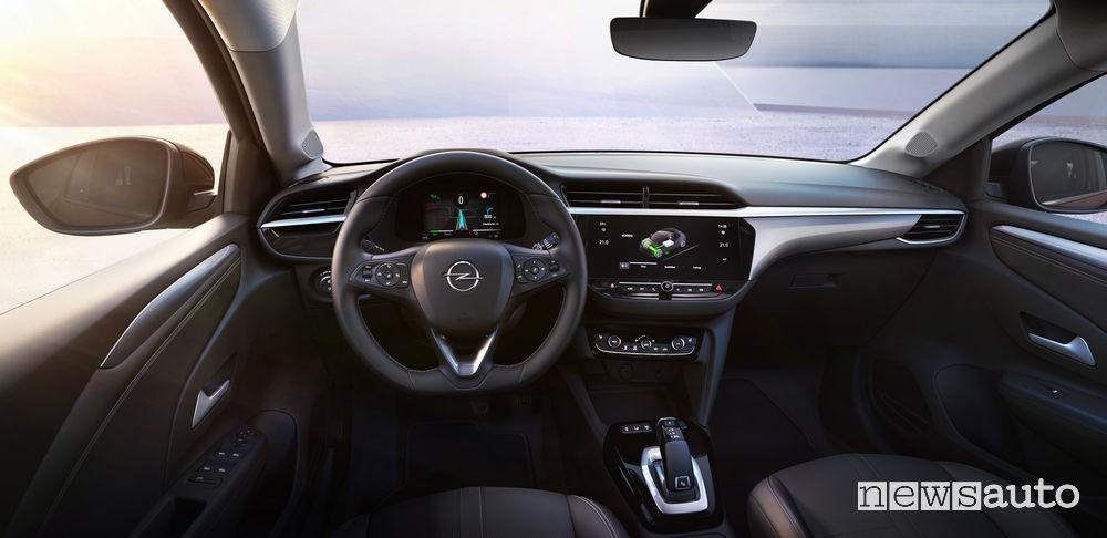 Opel Corsa-e elettrica plancia strumenti