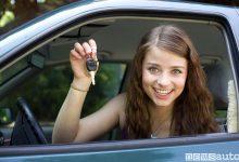 Neopatentato ragazza alla guida auto
