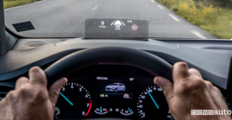 Cruise control adattivo evoluto Ford Focus