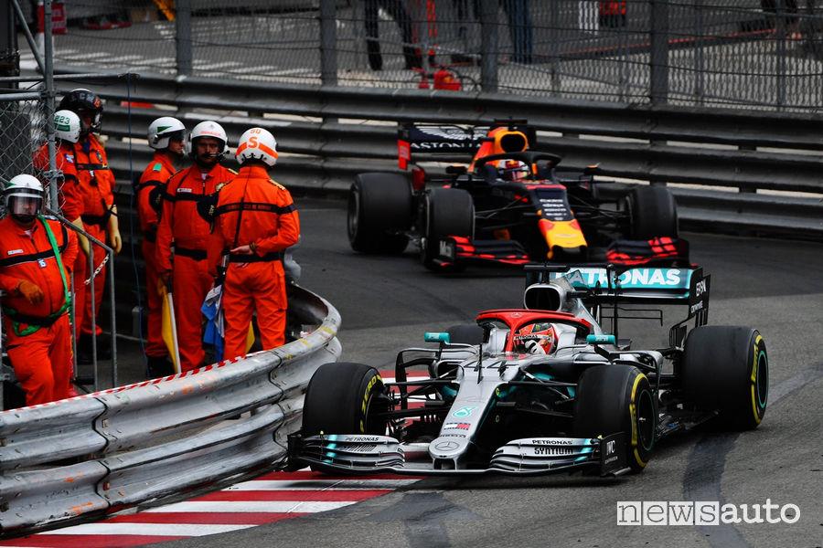 La gara di Monaco è stata caratterizzata dal duello in pista fra la Mercedes-AMG di Hamilton e la Red Bull di Max Verstappen