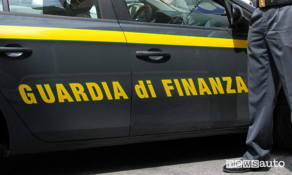 La Guardia di Finanza ha smascherato la truffa del gasolio contraffatto in Campania