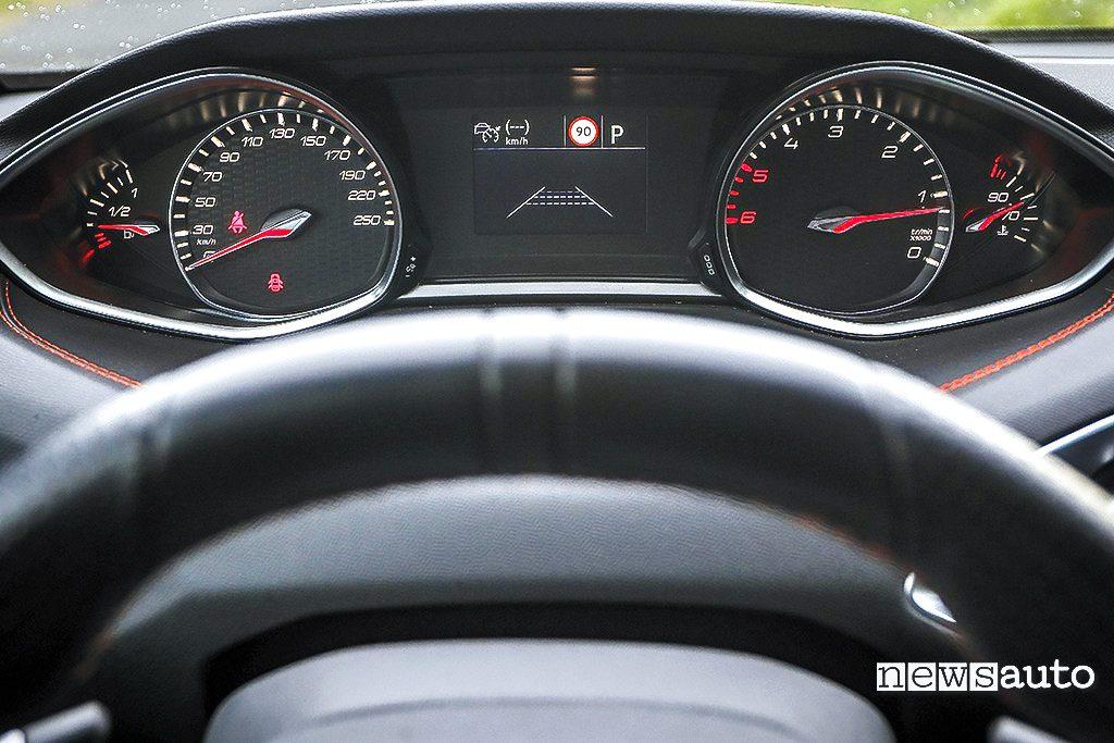 Peugeot 308 GT BlueHDi cruscotto iCockpit