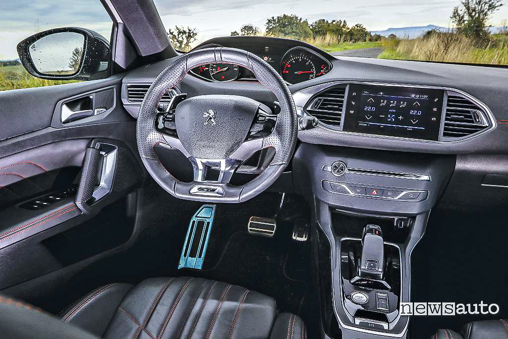 Abitacolo i-cockpit Peugeot 308