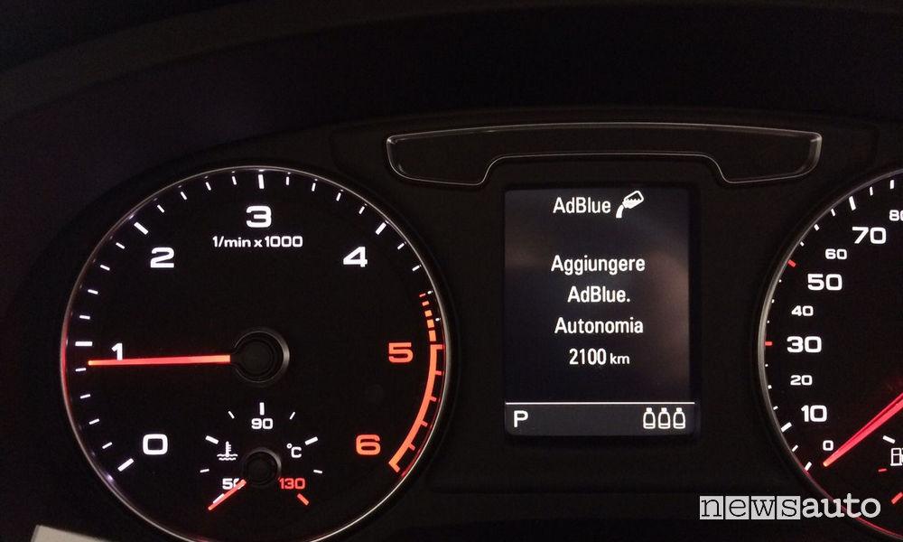 SPIA AdBlue si accende quando ci sono ancora 1.000 - 2.000 km di autonomia
