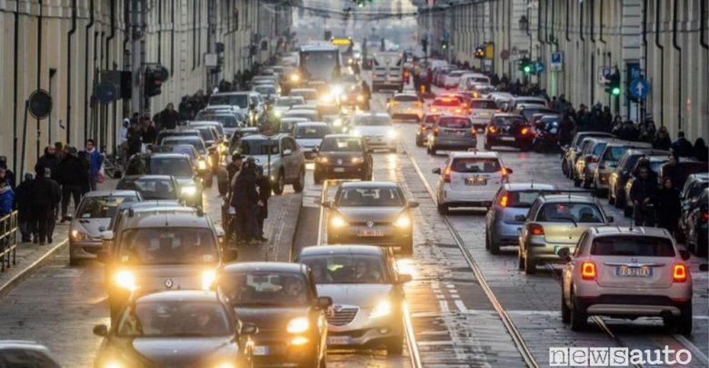 Proroga al blocco della auto diesel Euro 4 in Piemonte, Lombardia, Emilia Romagna e Veneto