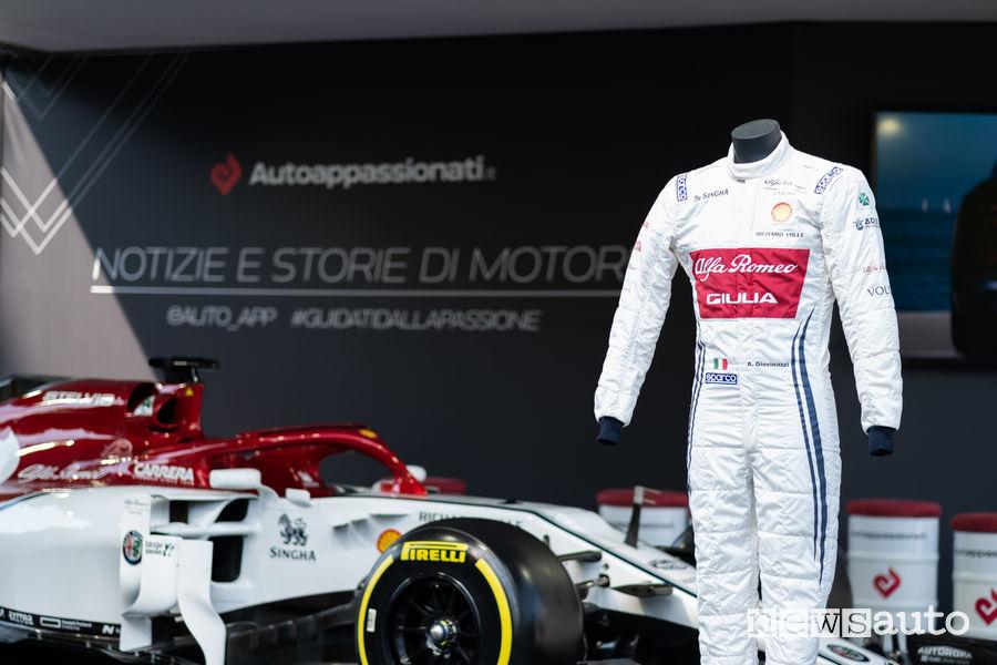 Tuta Sparco F1 di Antonio Giovinazzi Alfa Romeo Racing