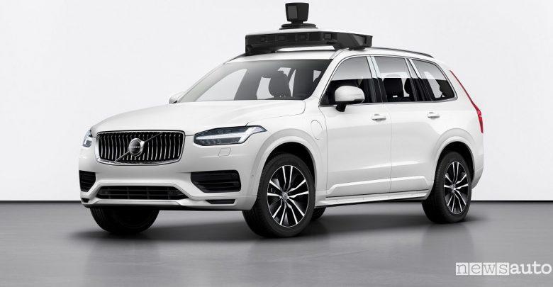 Volvo XC90 auto di serie a guida autonoma