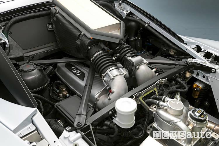 Audi R8 LMS GT2 motore