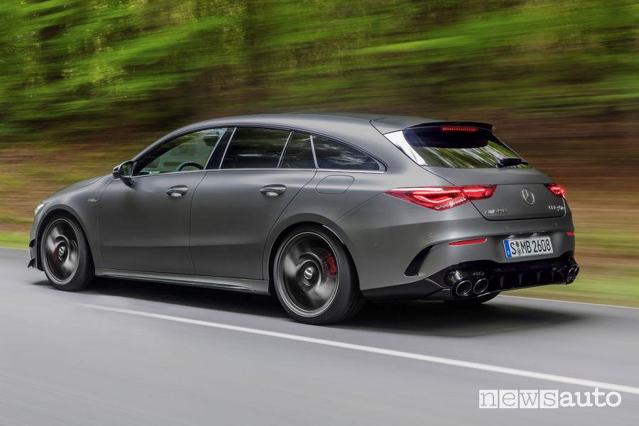 Mercedes-AMG CLA 45 S 4Matic+Shooting Brake vista posteriore in movimento