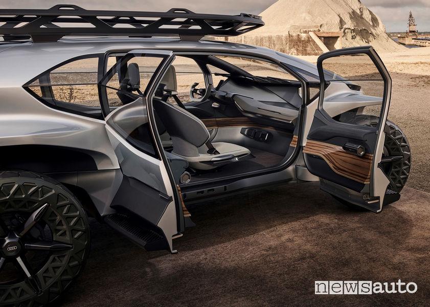 Abitacolo, portiere aperte Audi AI:TRAIL concept