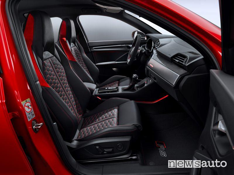 Sedili anteriori sportivi in pelle Audi RS Q3