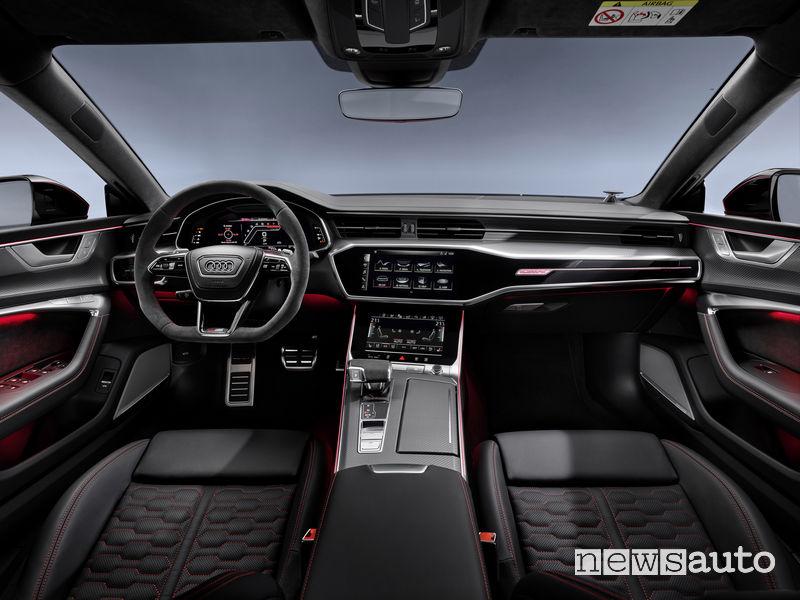 Volante sportivo, plancia strumenti nuova Audi RS7 Sportback 2020