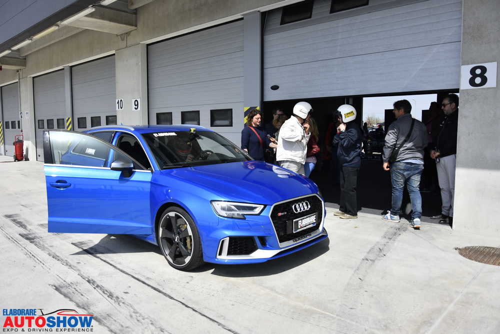 Hot lap in pista con il Test Team di Elaborare a Modena con l'Audi RS3