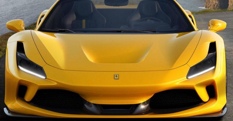 Frontale e nuovi fari a LED Ferrari F8 Spider
