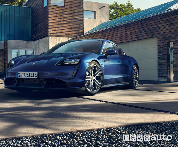 Porsche Taycan Turbo wallbox di ricarica