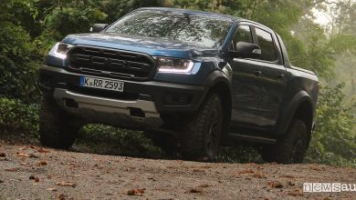 Ford Raptor prova, test come va su strada e in off road