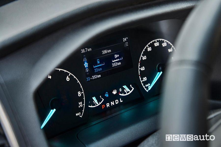 Quadro strumenti specifico per la motorizzazione ibrida plug-in