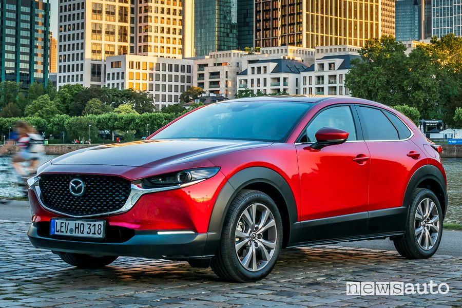 Cerchi in lega, frontale Mazda CX-30 Soul Red Crystal