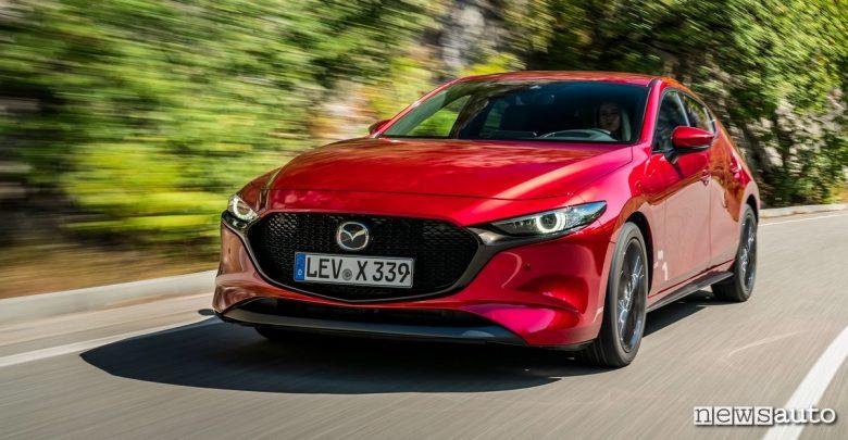Mazda3 Skyactiv-X prova su strada