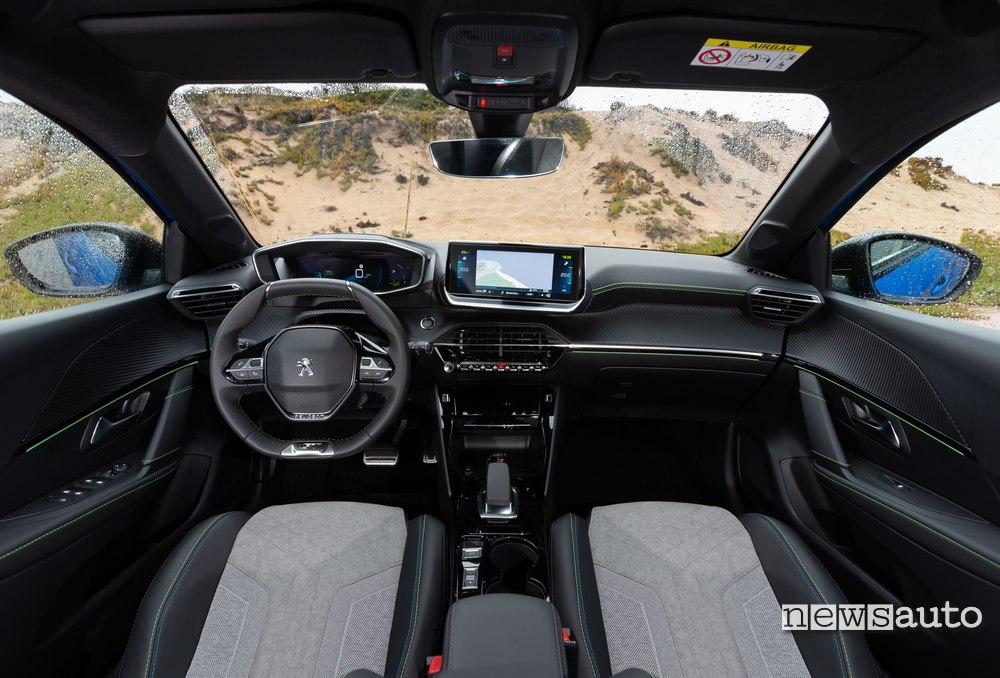 interni Peugeot e208 2020
