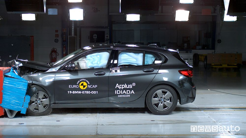 Crash test Euro NCAP urto frontale BMW Serie 1