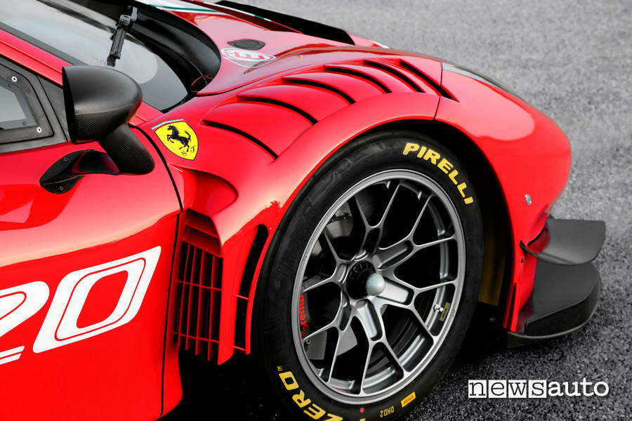 ferrari 488 gt3 evo aerodinamica