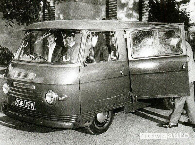 I Beatles a bordo del Ford Taunus Transit