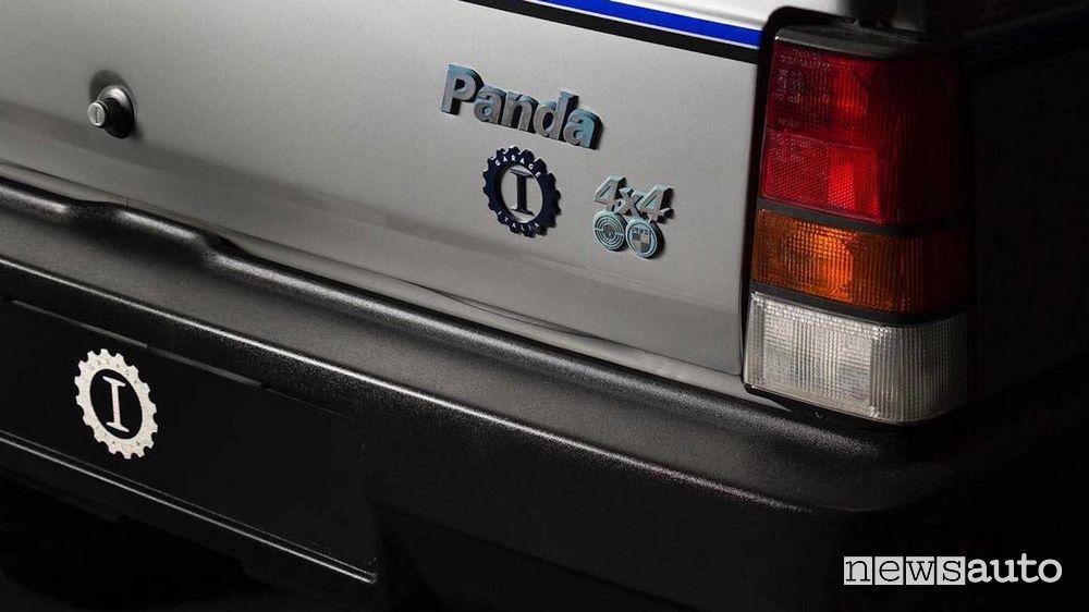 Logo Garage Italia, badge Fiat Panda 4x4 portellone posteriore