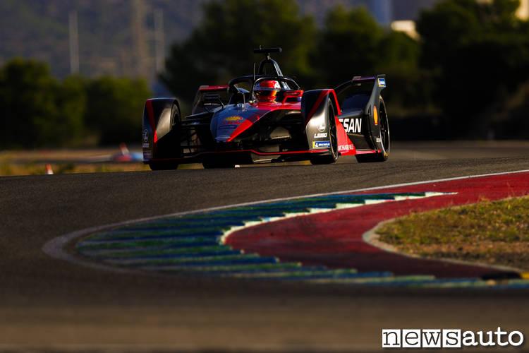 Nissan e.dams durante i test di Valencia con Sebastien Buemi