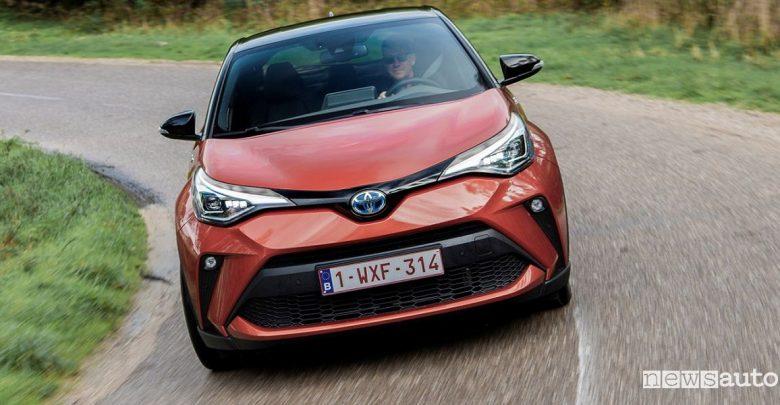 Toyota C-HR prezzi