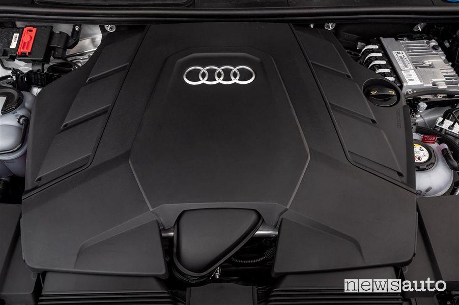 Motore V6 3.0 Audi Q7 TFSI e quattro SUV plug-in