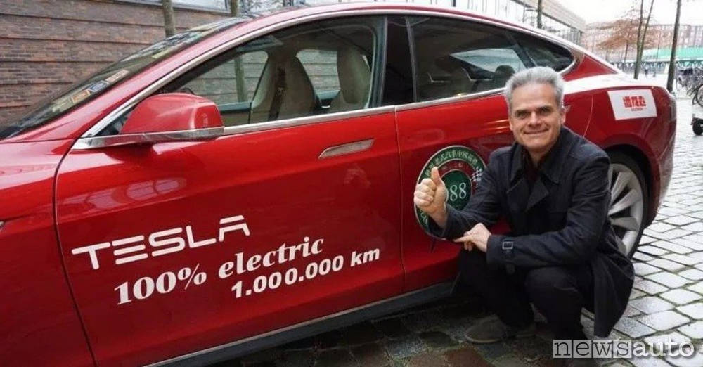 Hansjörg Freiherr Guinness World Record Tesla