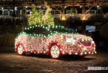 Photo of Nissan Leaf, auto elettrica trasformata in luminaria di Natale