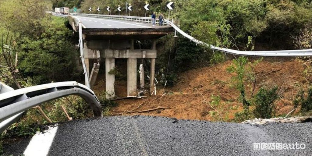 Ponti a rischio crollo A6 sulla Torino-Savona