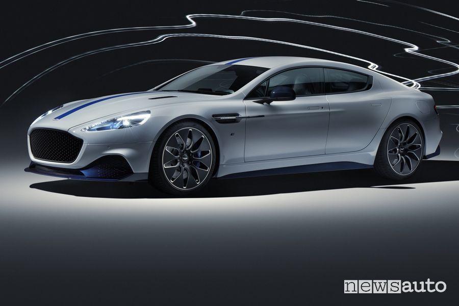 Vista di profilo Aston Martin Rapid E auto elettrica