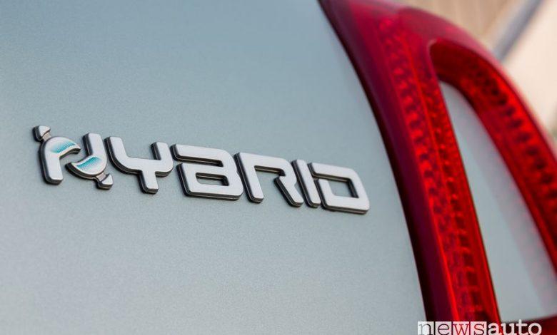 Auto ibride usate, Fiat 500 Hybrid la più venduta on line