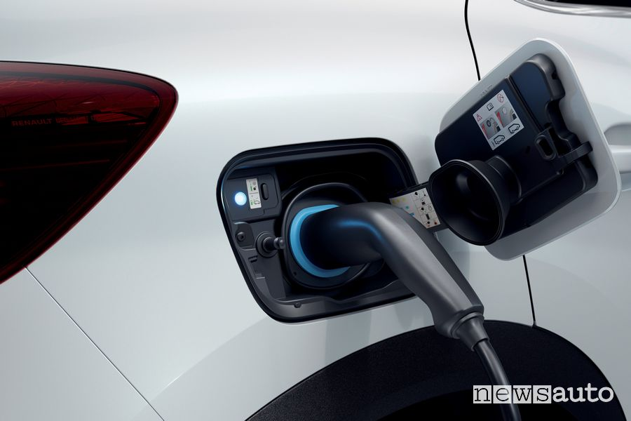 Presa di ricarica Renault Captur E-TECH Plug-in