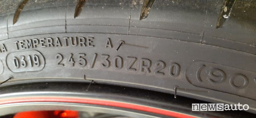 Misura pneumatico Michelin Cup 2 Honda Civic Type R Limited Edition
