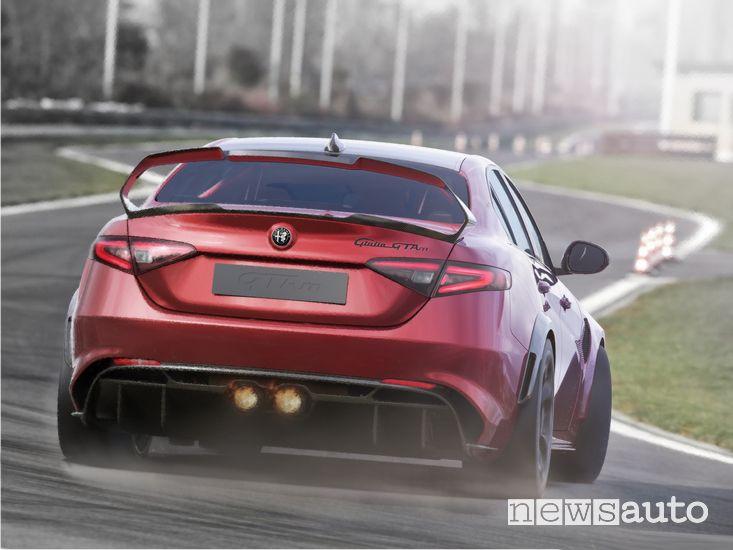 Drifting in pista Alfa Romeo Giulia GTAm